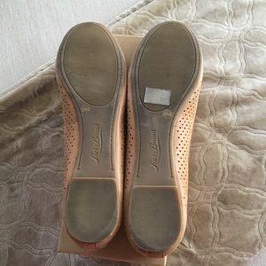 Lucky Brand Shoes - EUC Lucky Brand LK-Everlee perforated ballet flats